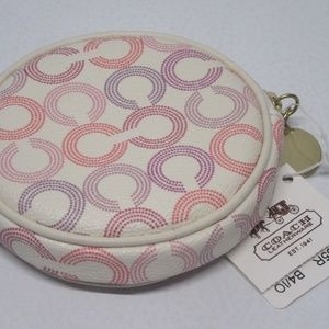 Brand New Coach Small Wallet / Change Purse